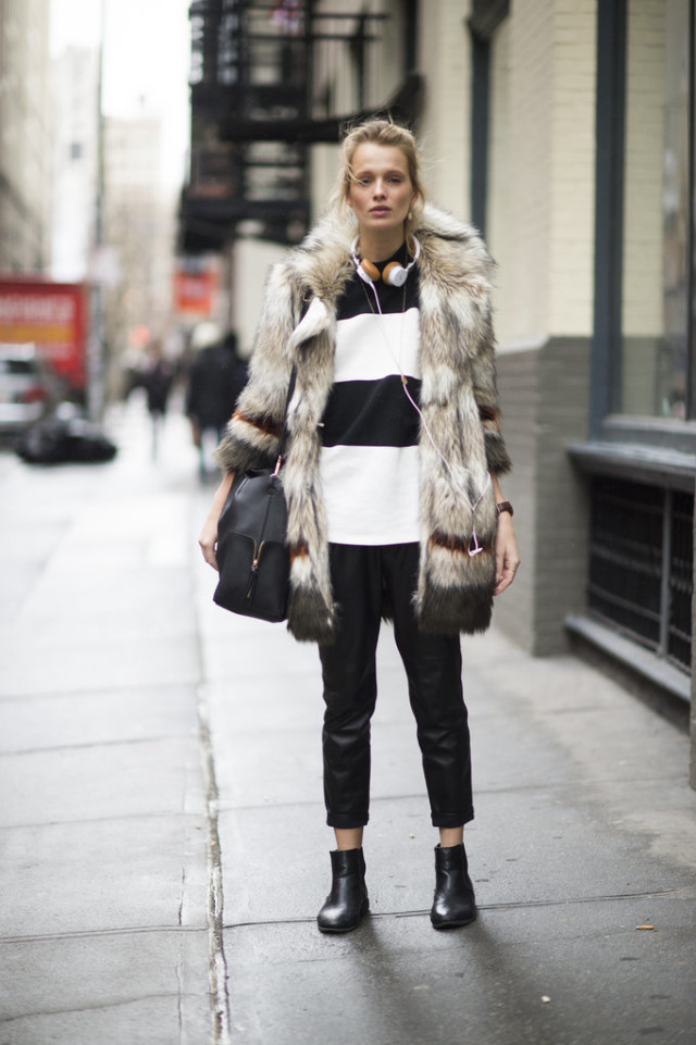 weekend outfit-fur coat-brunch-black and white stripes-bold stripes-black cropped pants-booties-cropped pants and booties-nyfw street style-nyfw street style, nyfw fall/winter 2016, new york fashion week, winter to spring dressing, winter outfits, what to wear when it's freezing, layering, layers,