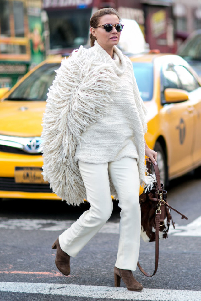 winter whites-all white-fringe sweater-white flares-work outfit-brown suede boots-nyfw street style-ps