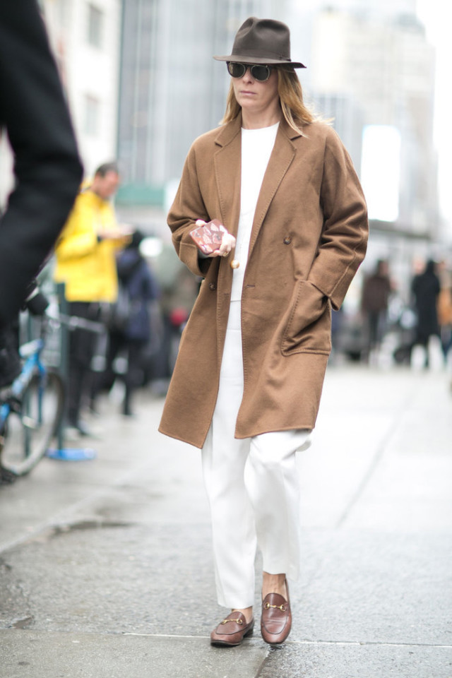 winter whites-all white-winter work outfit-camel coat-gucci loafers-wide leg pants-nyfw street style-ps