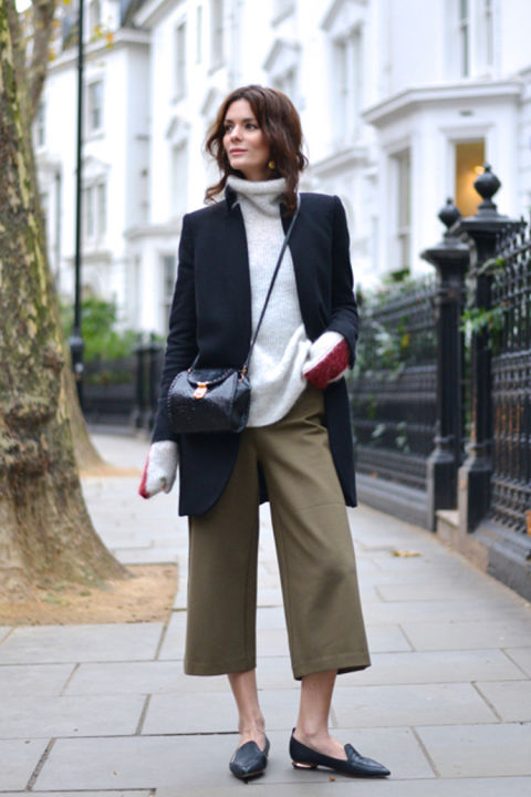 work outfit-culottes-army green culottes-grey turtleneck sweater-long blazer blazer jacket-loafers-sleeves hang out of jacket-