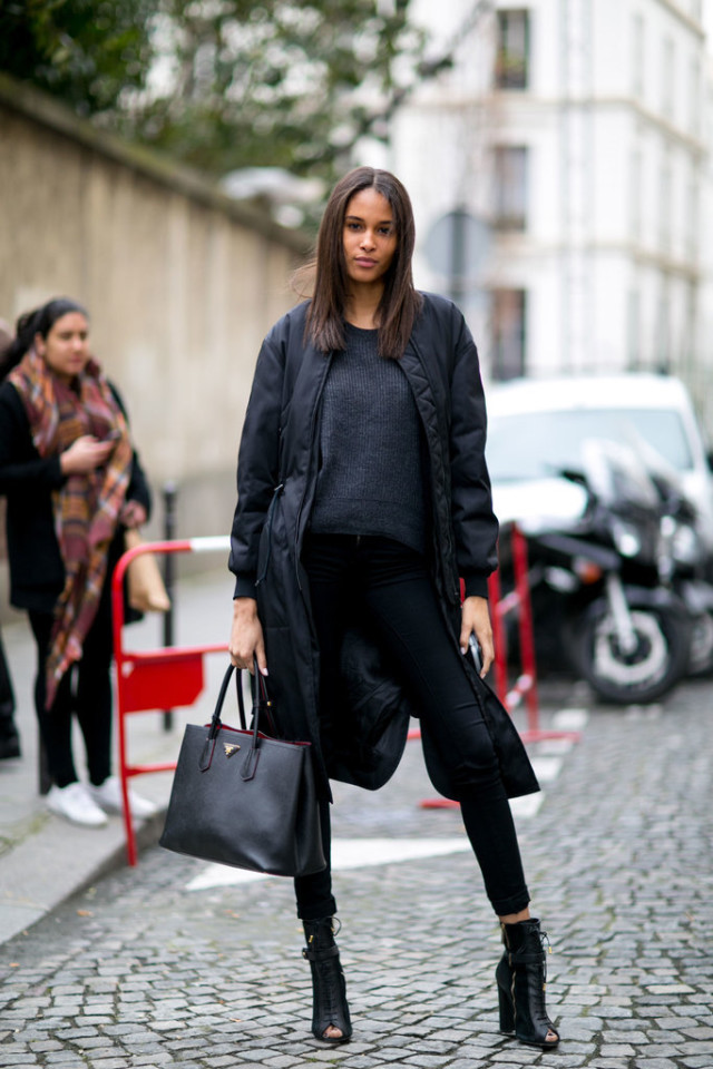 all black-black skinnies-black lace up boots-pfw street style-ps