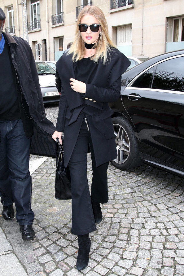 all black-cropped flares-winter work outfit-rosie huntington whitley-winter to spring transitional dressing-pfw street style-ps