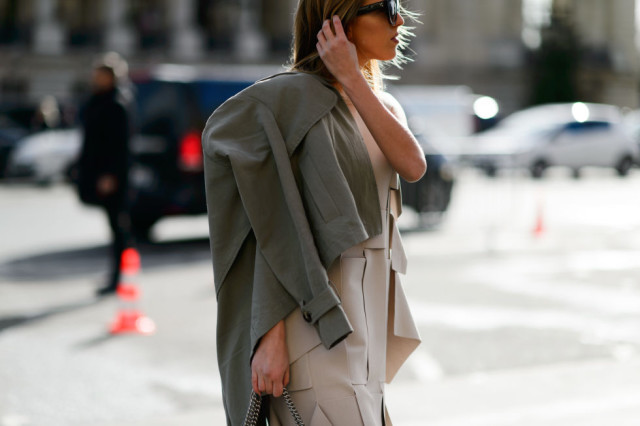 army green-nude-pleates-pfw street style-elle