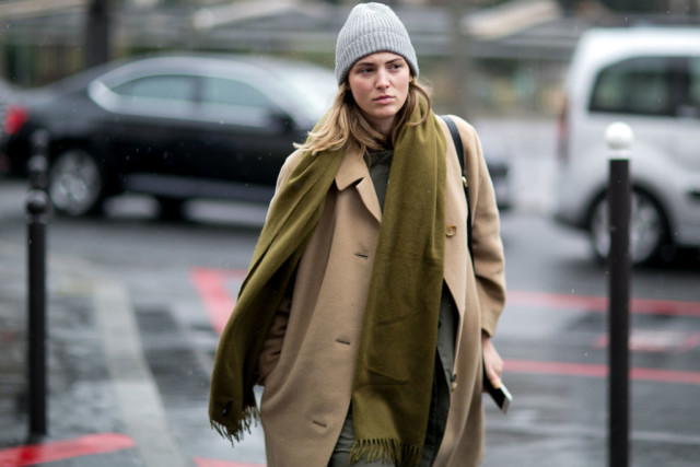 beanie-green scarf-army green-camel coat-pfw street style-ps
