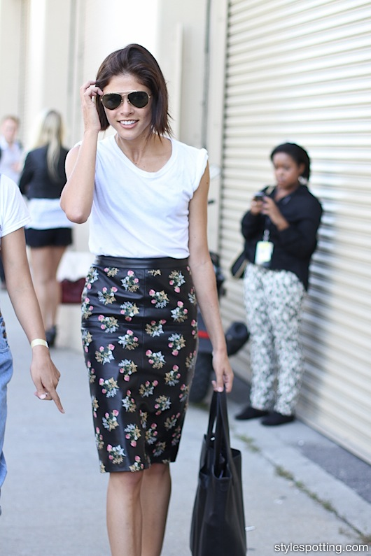 emily weiss-leather floral pencil skirt-white tee-work summer spring work outfit-