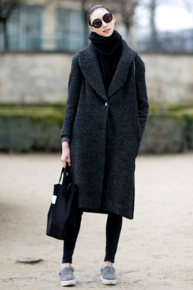 fur shoes-weekend-work-pfw street style-ps