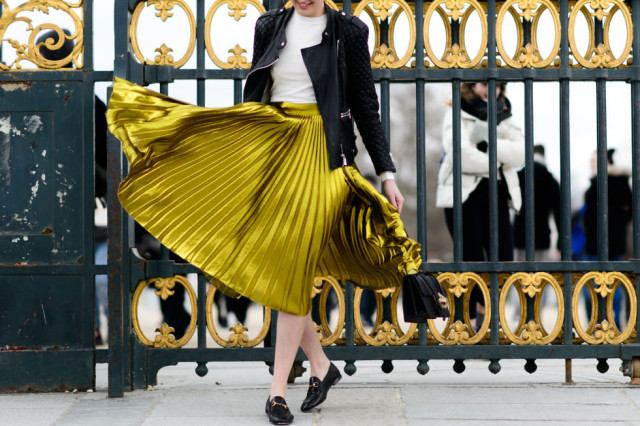 gold pleated skirt-gucci loafers-black moto jacket-mocneck shirt-work-pfw street style-elle