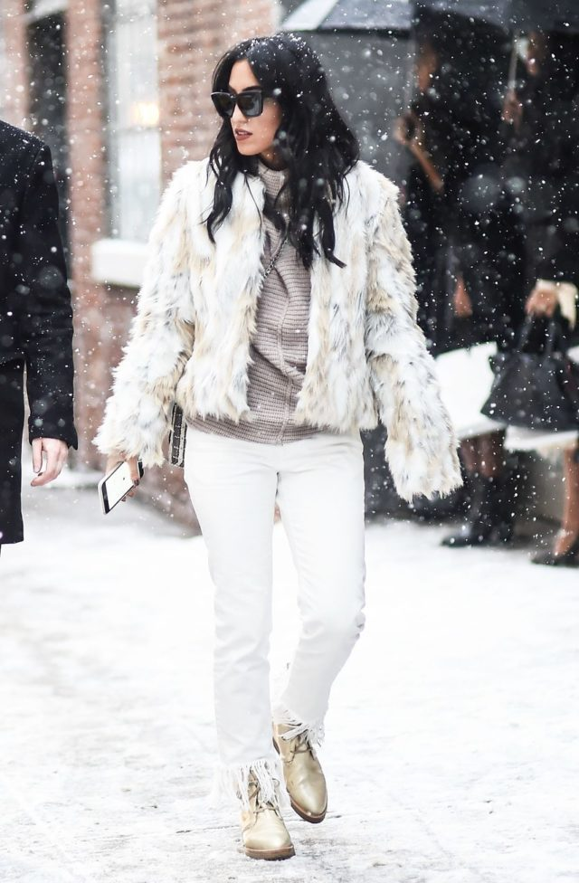 gold shoes-white jeans in winter-fur coat-lace up shoes-metallic shoes-frayed hemline-frayed denim-tv