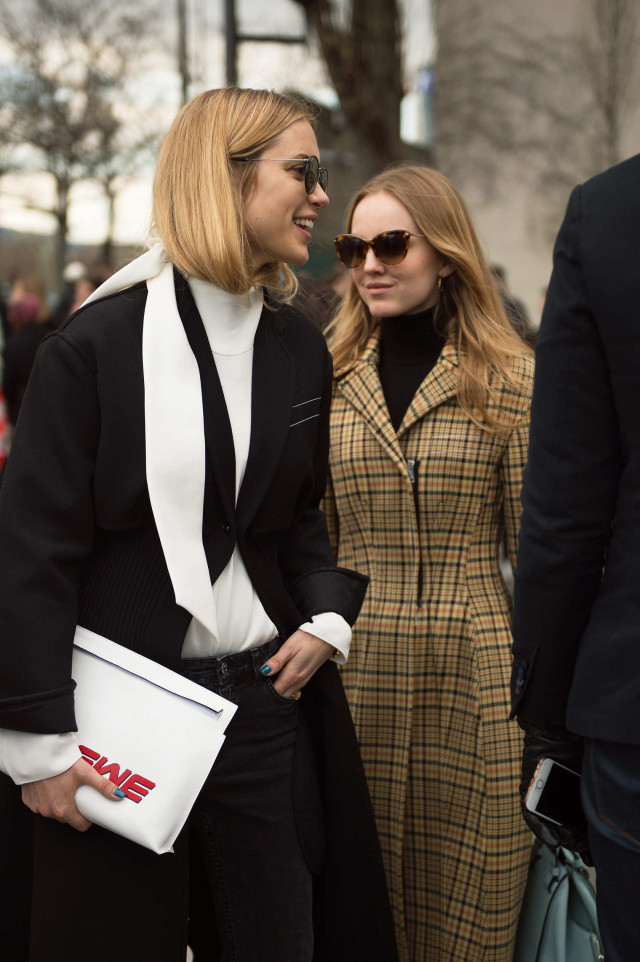 look de pernille, black and white, paris fashion week street style