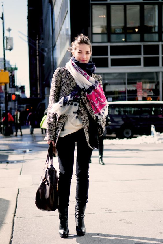 maria duenas jacobs-winter outfit-scarf-tweed jacket-black skinnies-booties-boots-work weekend outfit-out-