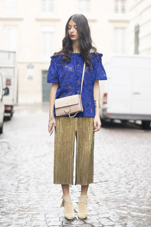 pfw street style-ps-gold-socks with sandals-lace top-cobalt-pleated-wheresmydriver