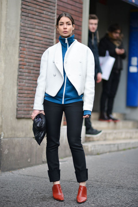 sprots shirt-zip up hoodie-double jacket-cuffed jeans-pants-mules-pfw street style-getty-weekend