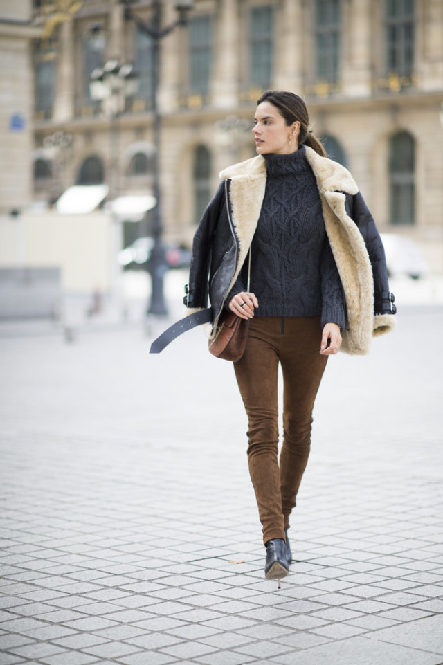 suede pants-turtleneck sweater-alessandra ambrosio-weekend outfit-pfw street style