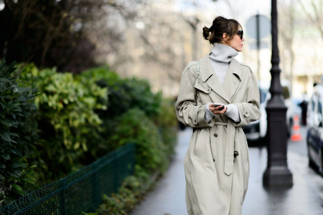 turtleneck-trench coat-winter to spring transitional dressing-pfw street style-elle