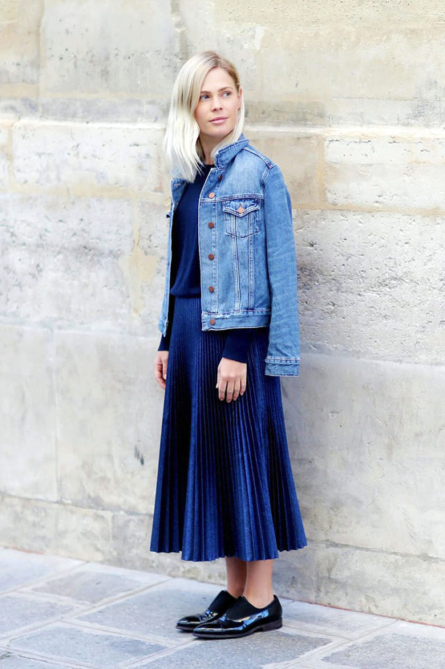 pleated midi skirt-denim jacket-oxfords-navy-what to wear to work-