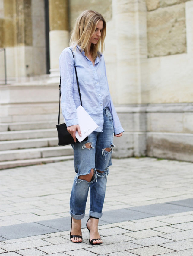ripped jeans-boyfriend jeans-rolled jeans-mens oxford shirt-front tuck-weekend-simple sandals-