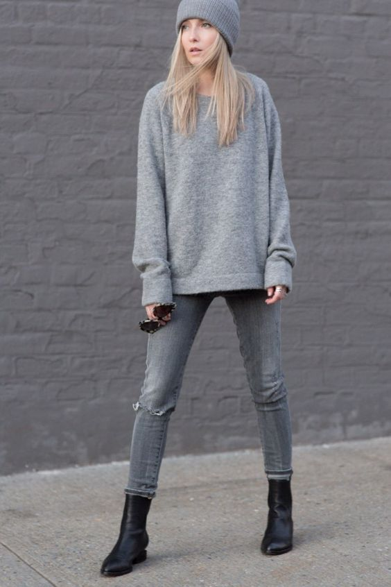 weekend outfit-greige-oversized sweater-
