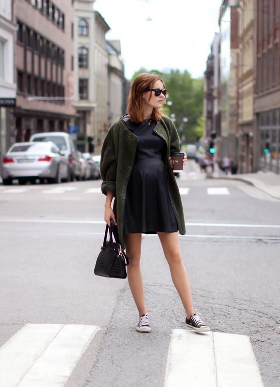 summer maternity style-army jacket-