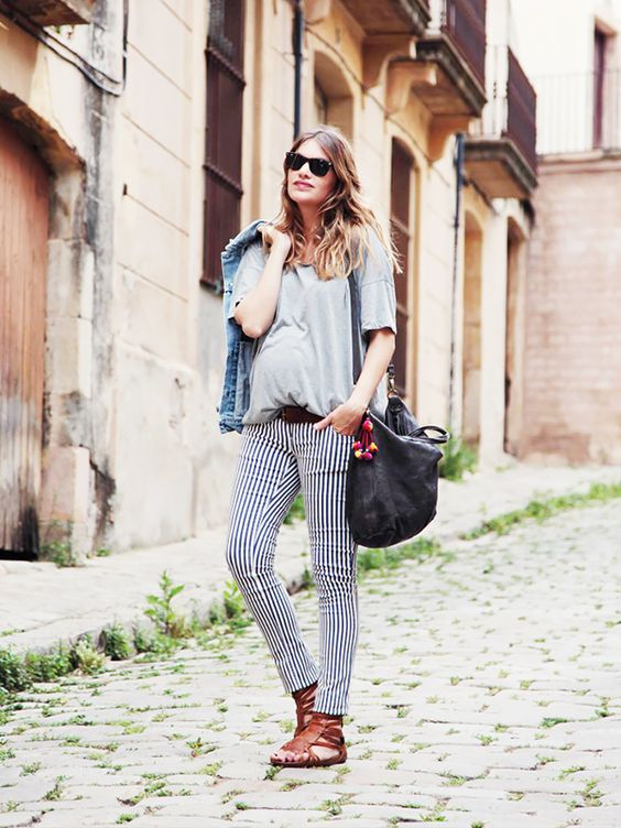 summer maternity style-striped jeans-babymoon-www