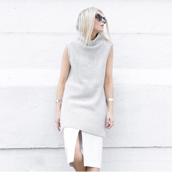 summer work outfit-grey and white-gray and white-pencil skirt-sleeveless sweater-via