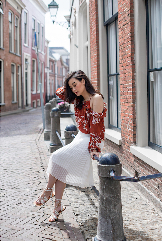 cold shoulder shirt-pleated maxi dress-lace up sandals-summer to fall transitional dressing-