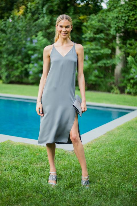 What to Wear to A Pool Party – Closetful of Clothes
