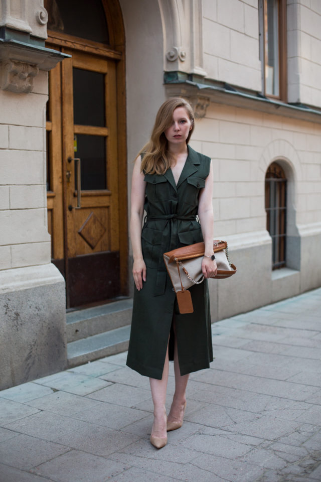 sleeveless trench coat-trench dress-army green dress-nude pumps-belted dress-summer work dress-