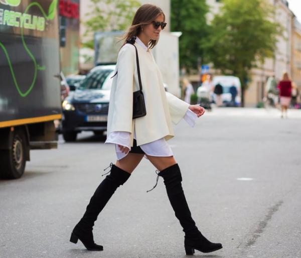 summer-to-fall-oversized-sleeves-over-the-knee-boots-bell-sleeves-summer-to-fall-transitional-dressing-fall-work-black-and-white-