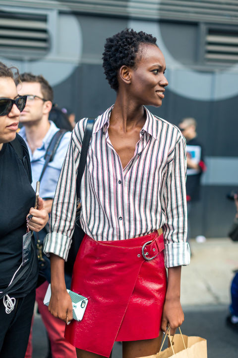 nyfw-streets-tyle-red-leather-mini-skirt-wrap-skirt-summer-to-fall-transitional-dressing-hbz