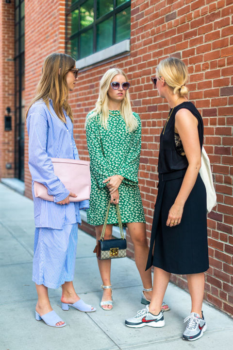 summer-to-fall-transitional-dressing-nyfw-street-style-fall-fashion-hbz