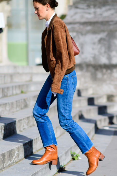 paris fashion week street style ss 2017, suede jacket, mom jeans, fall weekend outfit