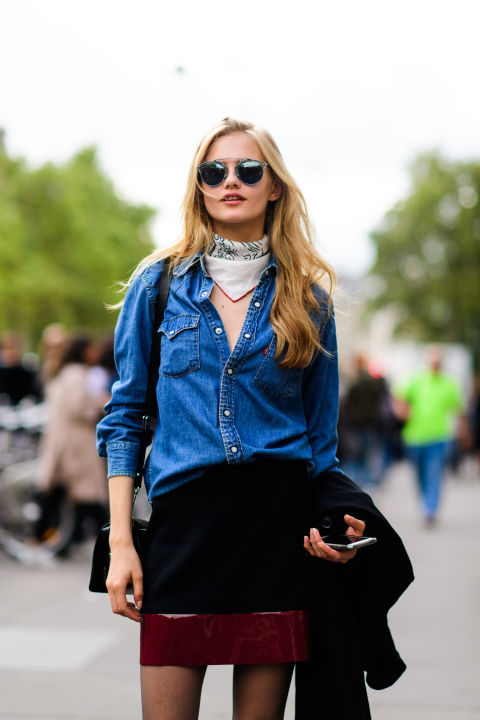 paris fashion week street style ss 2017, chambray shirt, mini skirt, bandana, fall work outfit