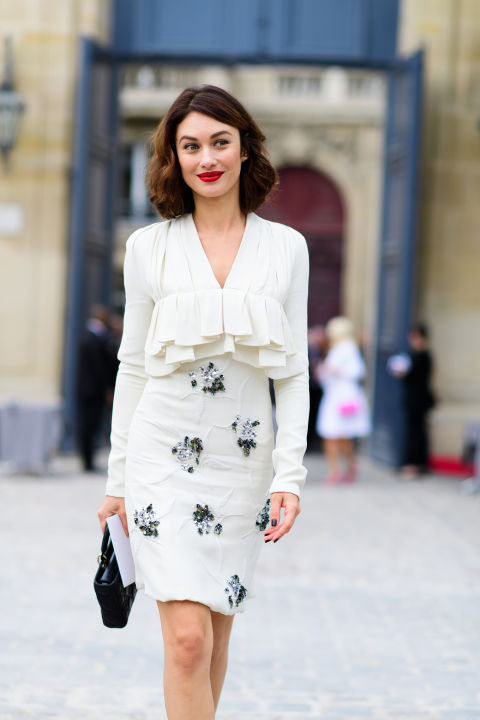 paris fashion week street style ss 2017, ruffles, fall whites, shower, party, night out, office to out, fall work outfit