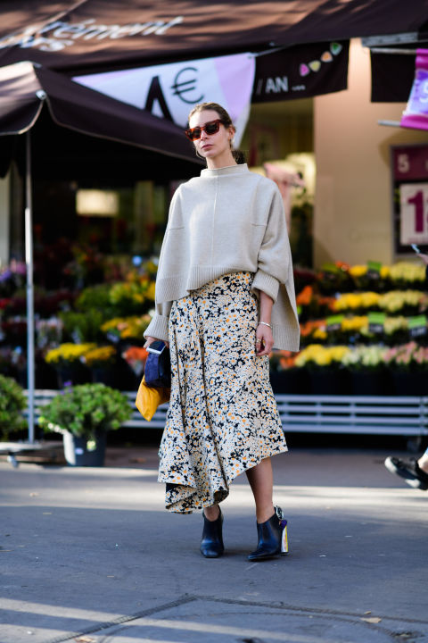 paris fashion week street style ss 2017, sweaters and skirts, metallic heeled booties, asymmetrical skirt, mockneck sweater, oversized sweater, fall work outfit, fall florals