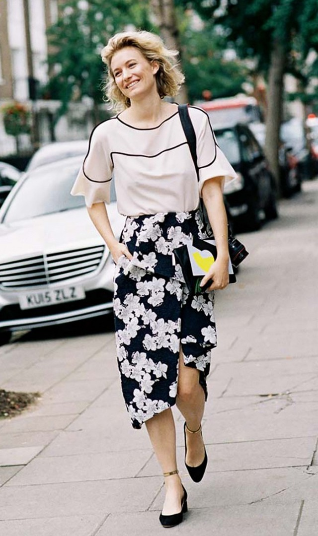 summer-work-outfit-floral-midi-skirt-mary-janes-