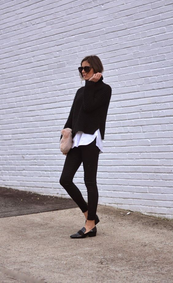 leggings-as-pants-weekend-loafers-black-and-white-