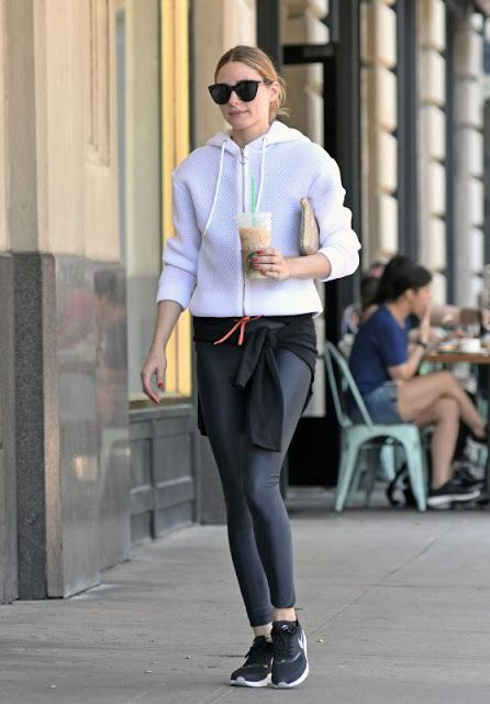 leggings-as-pants-weekend-workout-olivia-palermo-