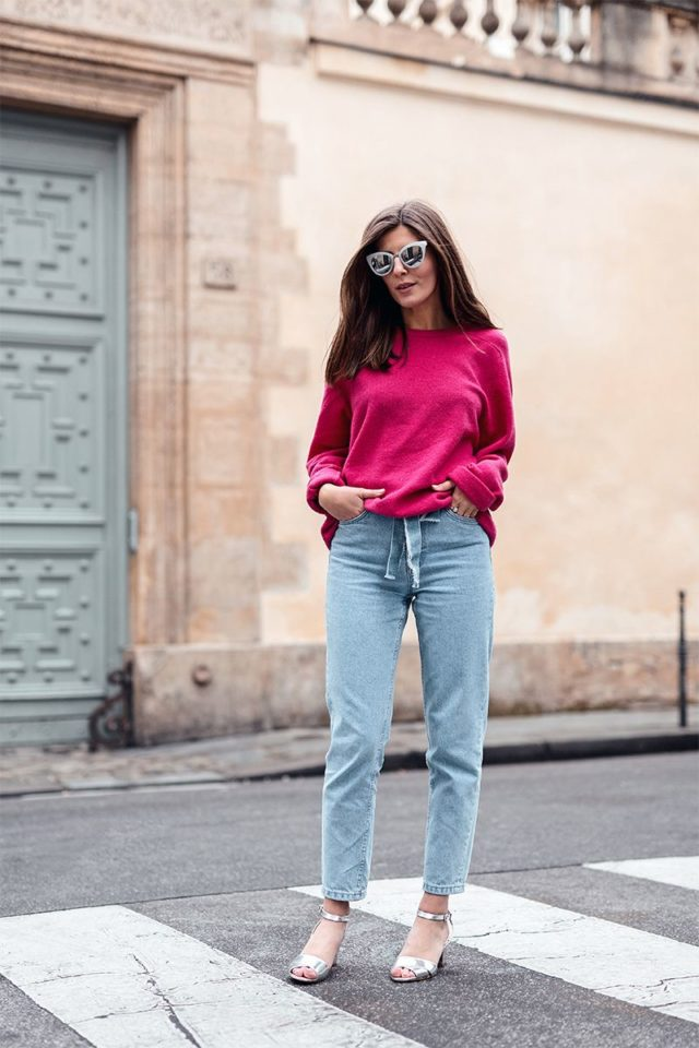 609ee50b203 How To Wear Mom Jeans (Without Looking Like A Mom) – Closetful of ...