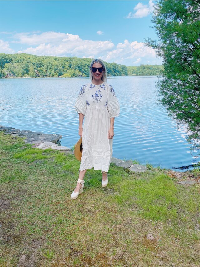 what to wear for a summer weekend at the lake